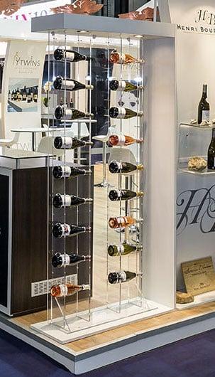 Présentoirs vitrine bouteilles vins
