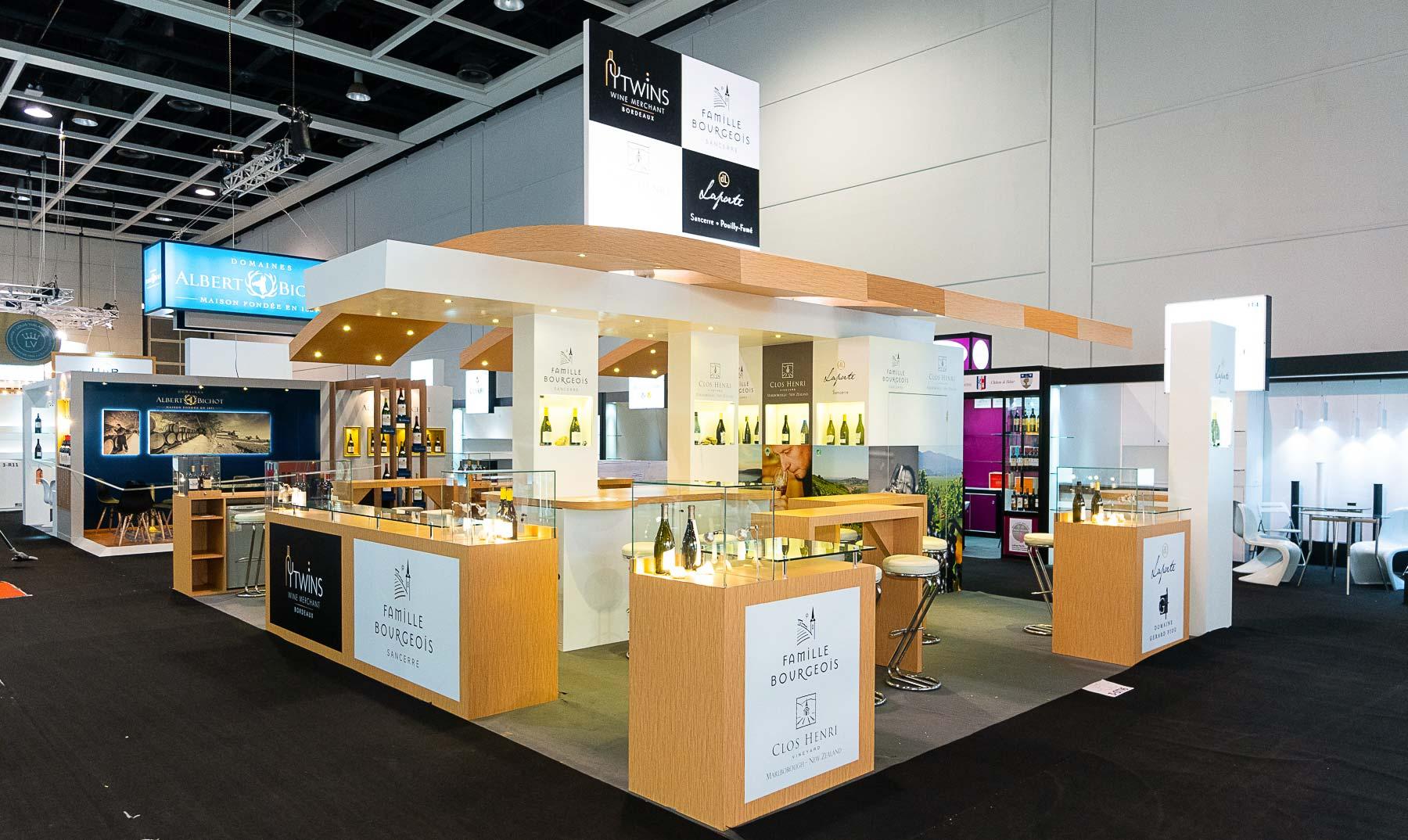 Fabrication du stand Famille Bourgeois et Twins pour le salon Vinexpo de Hong Kong